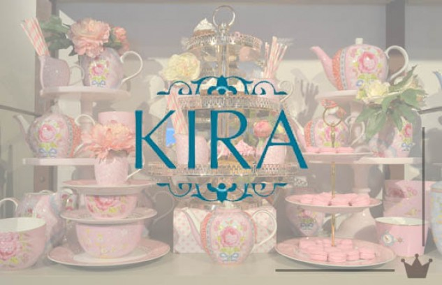 Visita a Kira Festas